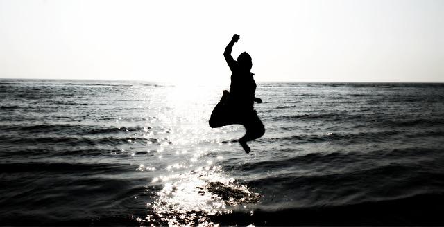 人の為に生きる事が人生を加速させるとか寝言言ってないで自分の為に生きようぜ