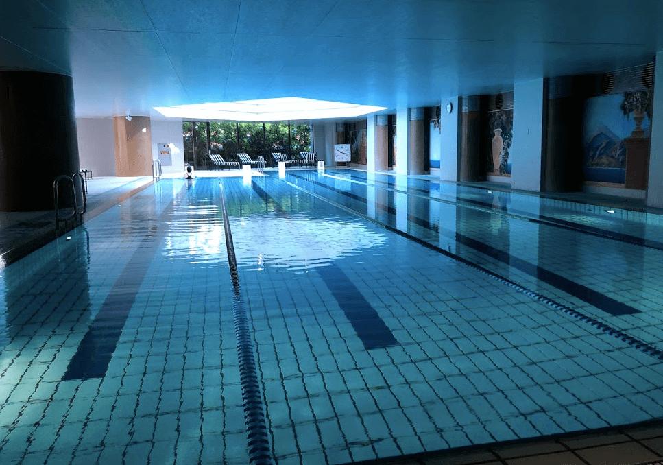 グランドハイアット福岡のプール