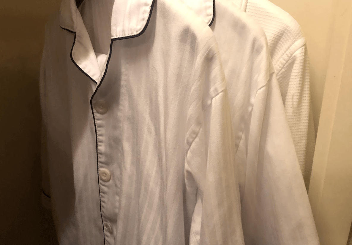 リッツカールトン大阪 服