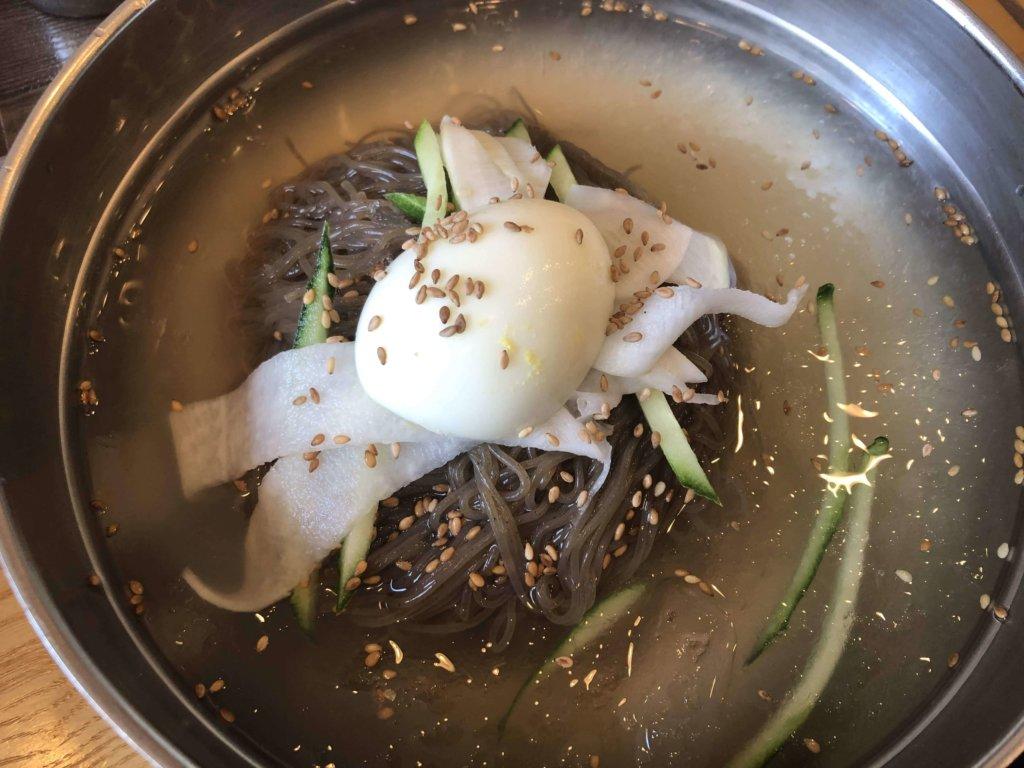 ユッサムネンミョン 冷麺